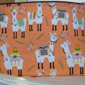 Thirty-One Zipper Pouch Llama Rama